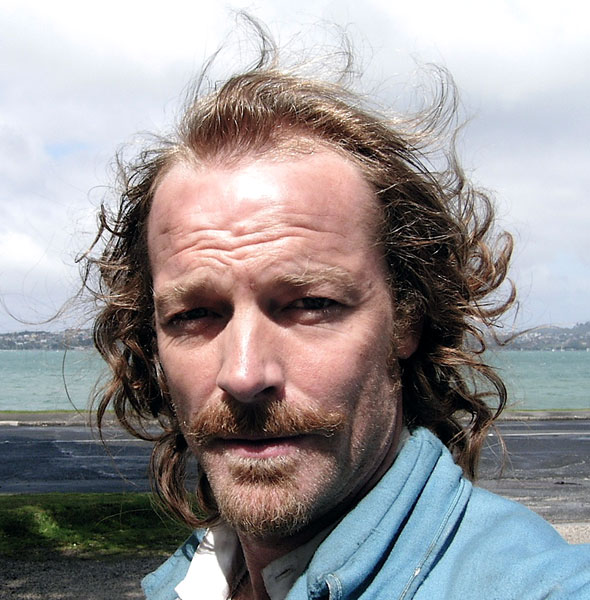 British Kidnapped Iain Glen Actor - -